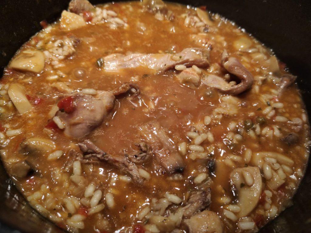 cocción del arroz con conejo