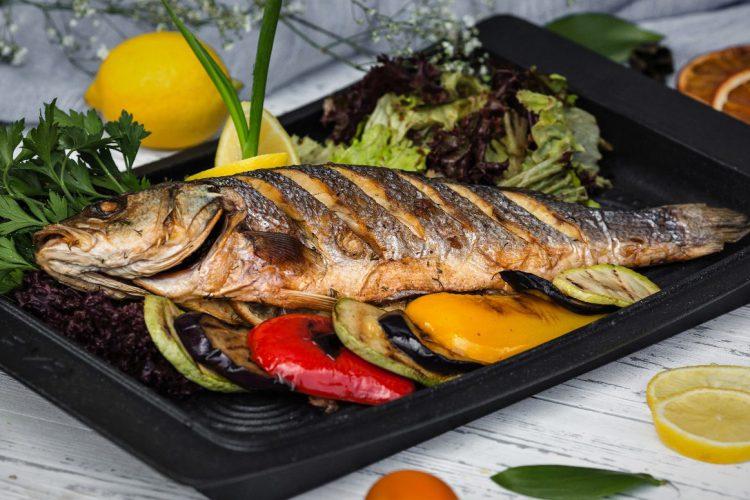 Ciseler o cincelar un pescado
